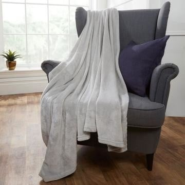 Supersoft Throw £13.99